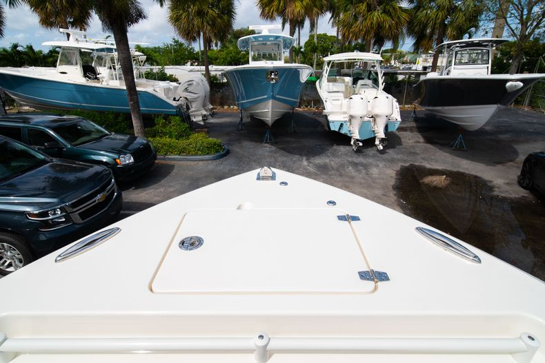 Thumbnail 52 for New 2020 Cobia 240 DC Dual Console boat for sale in Vero Beach, FL