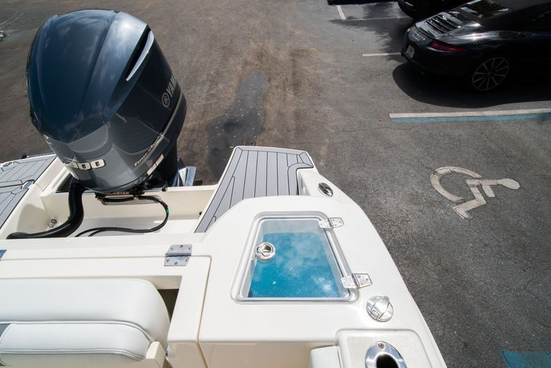 Thumbnail 14 for New 2020 Cobia 240 DC Dual Console boat for sale in Vero Beach, FL
