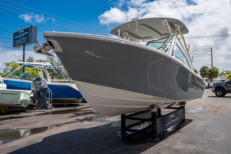 Thumbnail 3 for New 2020 Cobia 240 DC Dual Console boat for sale in Vero Beach, FL