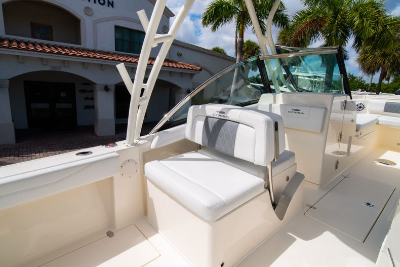 Thumbnail 20 for New 2020 Cobia 240 DC Dual Console boat for sale in Vero Beach, FL