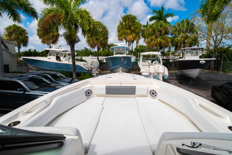 Thumbnail 48 for New 2020 Cobia 240 DC Dual Console boat for sale in Vero Beach, FL