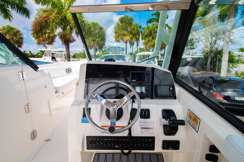 Thumbnail 27 for New 2020 Cobia 240 DC Dual Console boat for sale in Vero Beach, FL