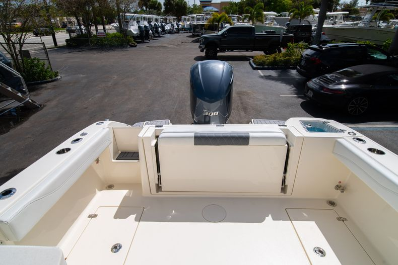 Thumbnail 12 for New 2020 Cobia 240 DC Dual Console boat for sale in Vero Beach, FL