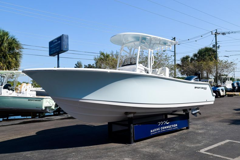 Thumbnail 3 for New 2020 Sportsman Open 232 Center Console boat for sale in Vero Beach, FL