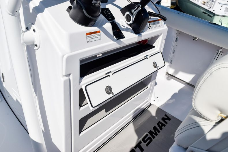Thumbnail 30 for New 2020 Sportsman Open 232 Center Console boat for sale in Vero Beach, FL