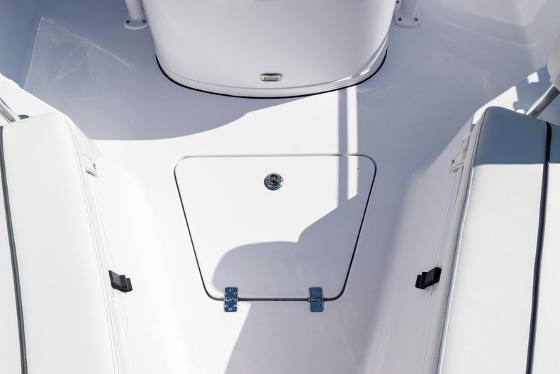 Thumbnail 55 for New 2020 Sportsman Open 232 Center Console boat for sale in Vero Beach, FL