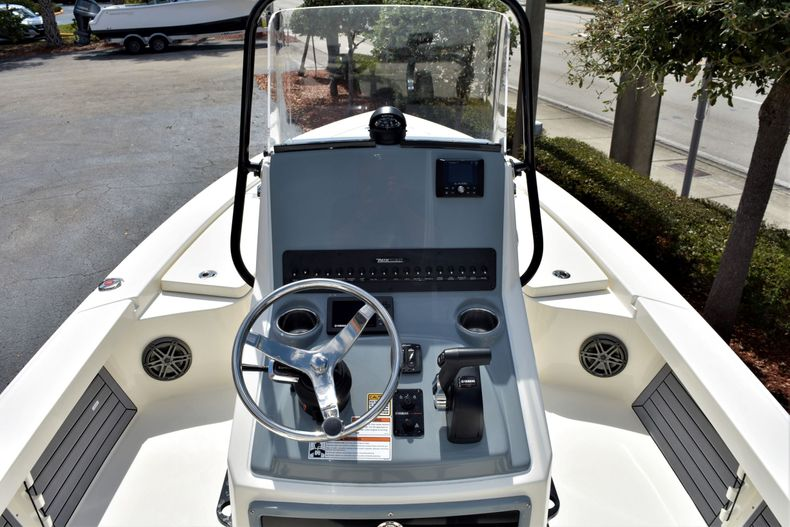 Thumbnail 12 for New 2020 Pathfinder 2300 HPS boat for sale in Fort Lauderdale, FL