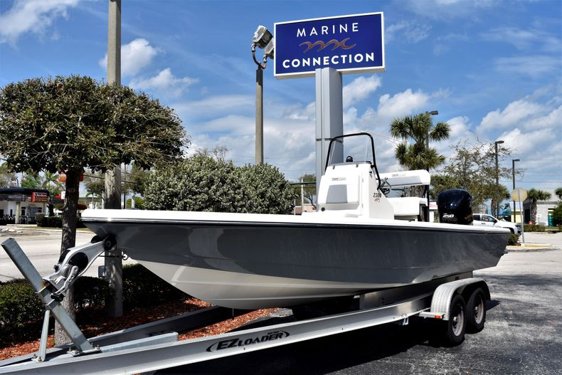 Thumbnail 1 for New 2020 Pathfinder 2300 HPS boat for sale in Fort Lauderdale, FL