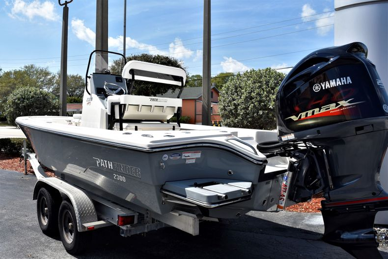 Thumbnail 4 for New 2020 Pathfinder 2300 HPS boat for sale in Fort Lauderdale, FL