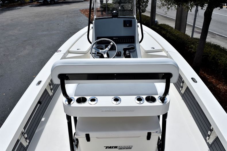 Thumbnail 11 for New 2020 Pathfinder 2300 HPS boat for sale in Fort Lauderdale, FL