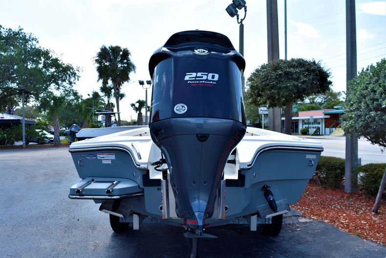 Thumbnail 5 for New 2020 Pathfinder 2300 HPS boat for sale in Fort Lauderdale, FL
