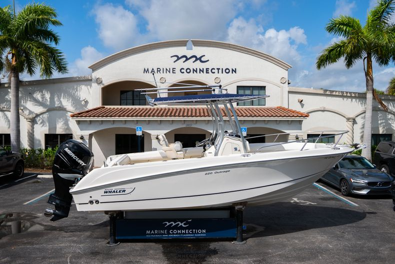 Photo for 2010 Boston Whaler 220 Outrage