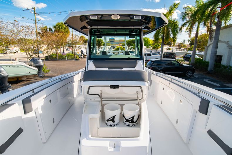Thumbnail 62 for New 2020 Blackfin 332CC boat for sale in Fort Lauderdale, FL