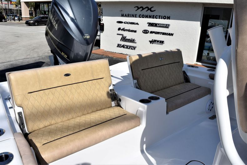 Thumbnail 35 for Used 2019 Sportsman Masters 267 Bay Boat boat for sale in Vero Beach, FL