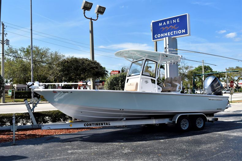 Thumbnail 40 for Used 2019 Sportsman Masters 267 Bay Boat boat for sale in Vero Beach, FL