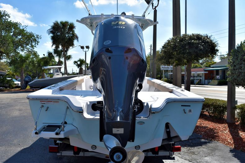 Thumbnail 6 for Used 2019 Sportsman Masters 267 Bay Boat boat for sale in Vero Beach, FL
