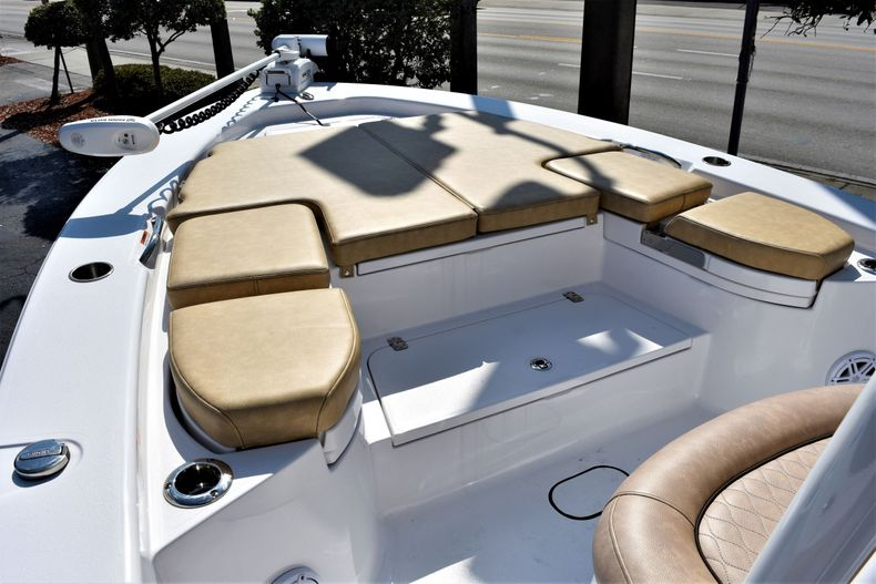 Thumbnail 21 for Used 2019 Sportsman Masters 267 Bay Boat boat for sale in Vero Beach, FL