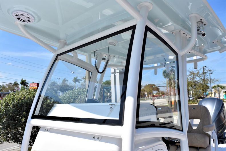 Thumbnail 30 for Used 2019 Sportsman Masters 267 Bay Boat boat for sale in Vero Beach, FL