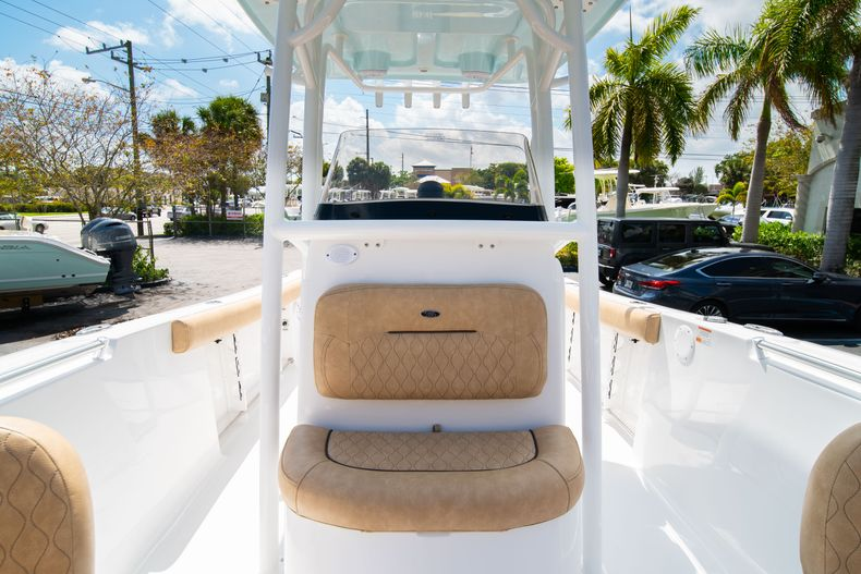 Thumbnail 41 for New 2020 Sportsman Open 232 Center Console boat for sale in Miami, FL