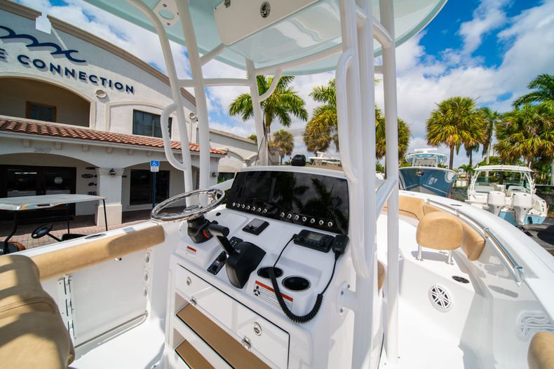 Thumbnail 21 for New 2020 Sportsman Open 232 Center Console boat for sale in Miami, FL