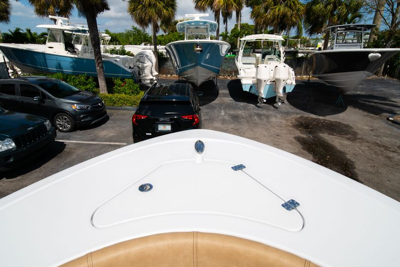 Thumbnail 39 for New 2020 Sportsman Open 232 Center Console boat for sale in Miami, FL