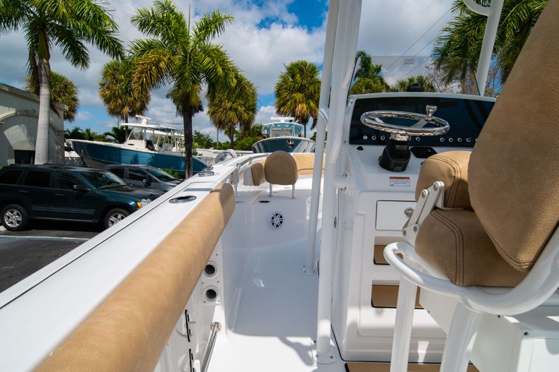 Thumbnail 20 for New 2020 Sportsman Open 232 Center Console boat for sale in Miami, FL
