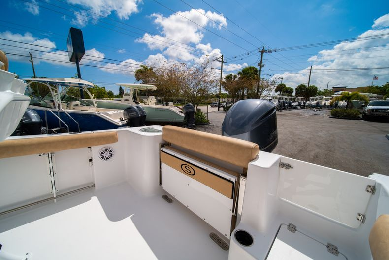 Thumbnail 13 for New 2020 Sportsman Open 232 Center Console boat for sale in Miami, FL