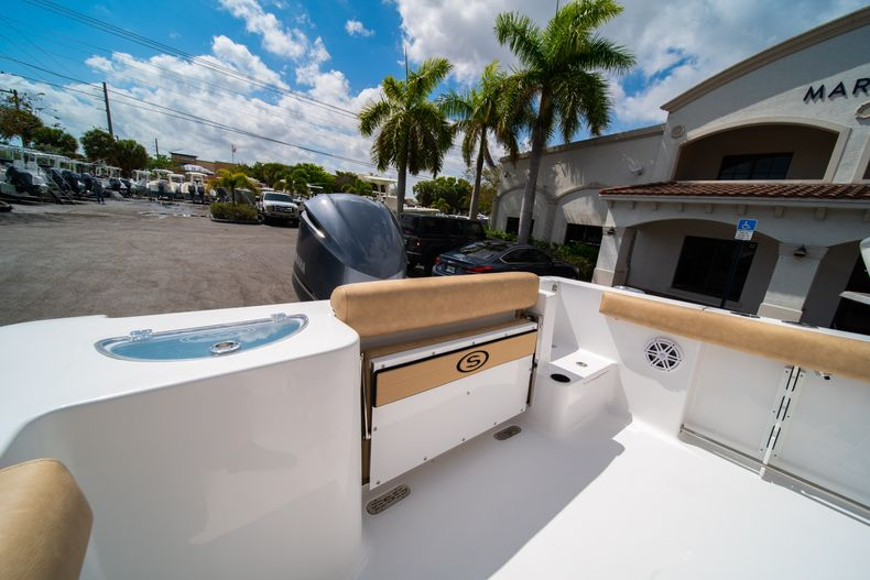 Thumbnail 11 for New 2020 Sportsman Open 232 Center Console boat for sale in Miami, FL