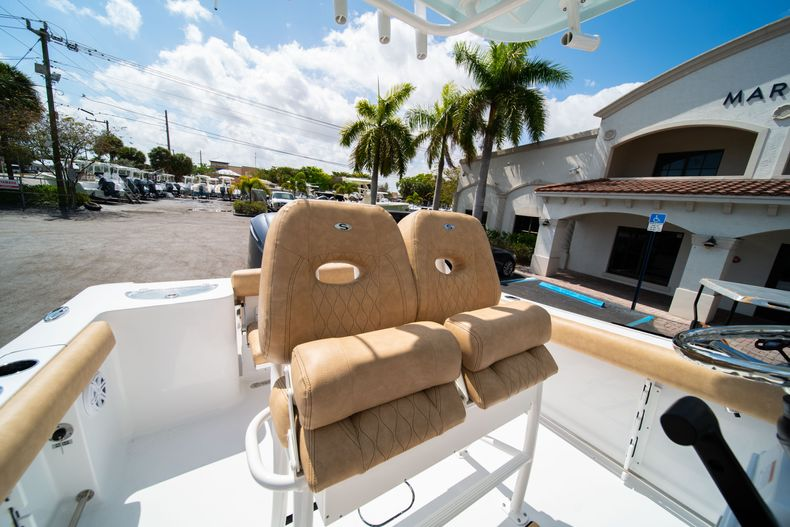 Thumbnail 27 for New 2020 Sportsman Open 232 Center Console boat for sale in Miami, FL
