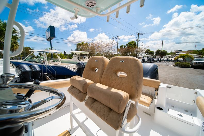 Thumbnail 29 for New 2020 Sportsman Open 232 Center Console boat for sale in Miami, FL