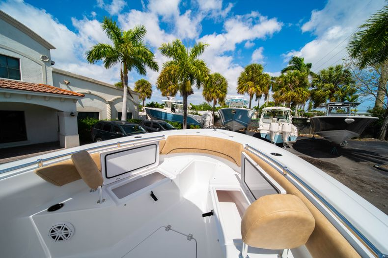 Thumbnail 34 for New 2020 Sportsman Open 232 Center Console boat for sale in Miami, FL