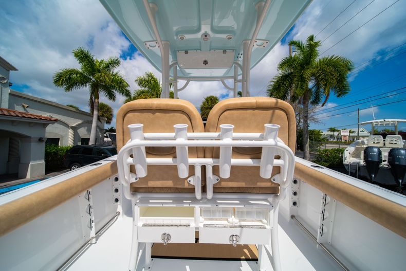 Thumbnail 19 for New 2020 Sportsman Open 232 Center Console boat for sale in Miami, FL