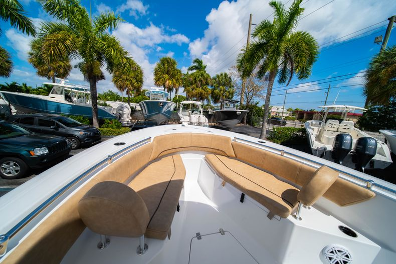 Thumbnail 35 for New 2020 Sportsman Open 232 Center Console boat for sale in Miami, FL