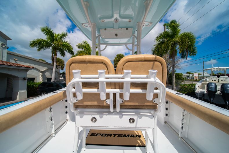 Thumbnail 18 for New 2020 Sportsman Open 232 Center Console boat for sale in Miami, FL