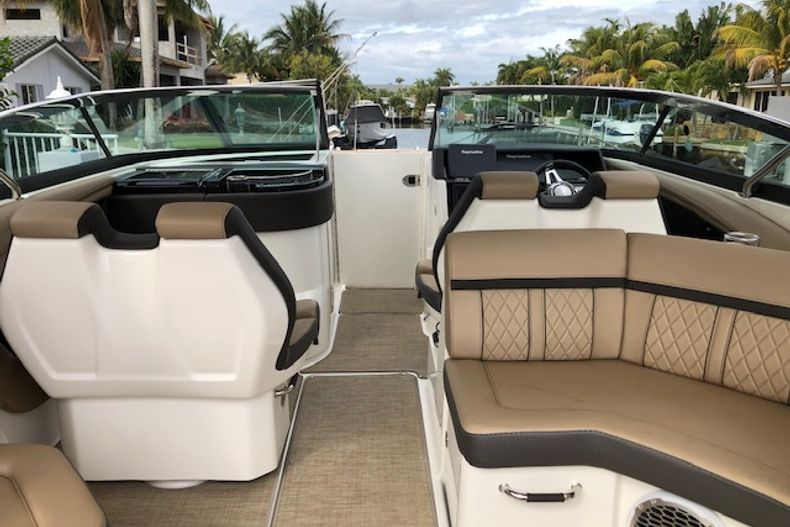 Thumbnail 7 for Used 2018 Sea Ray SLX 350 Outboard boat for sale in West Palm Beach, FL