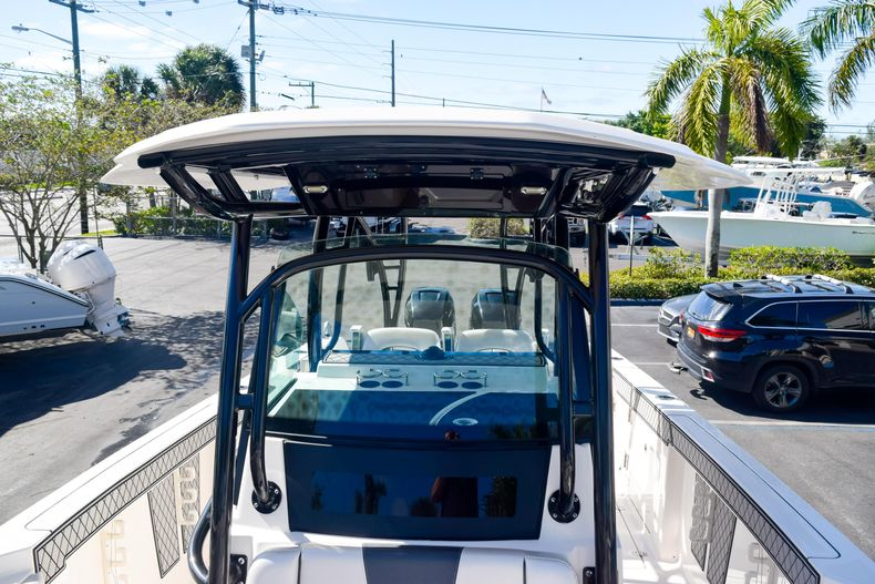 Thumbnail 106 for Used 2018 Wellcraft Scarab 302 Center Console boat for sale in West Palm Beach, FL