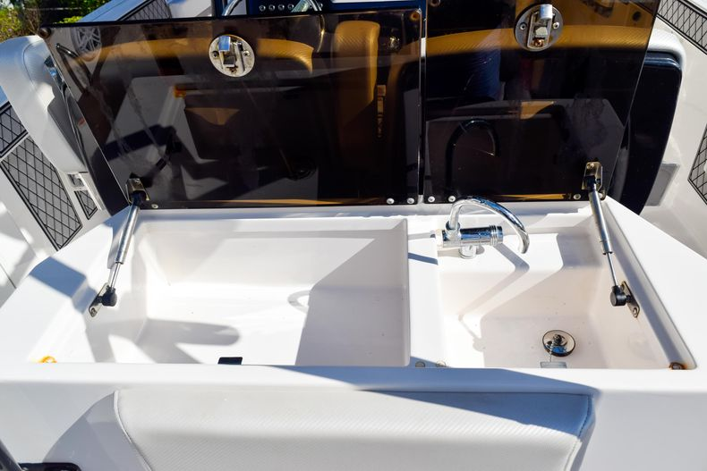 Thumbnail 30 for Used 2018 Wellcraft Scarab 302 Center Console boat for sale in West Palm Beach, FL