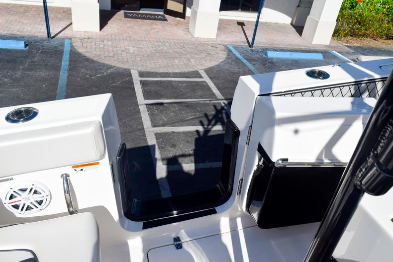 Thumbnail 37 for Used 2018 Wellcraft Scarab 302 Center Console boat for sale in West Palm Beach, FL