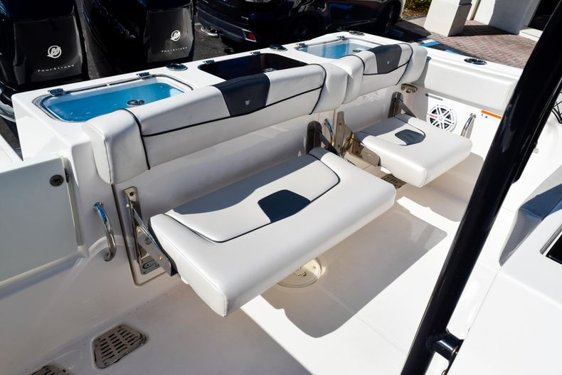 Thumbnail 28 for Used 2018 Wellcraft Scarab 302 Center Console boat for sale in West Palm Beach, FL