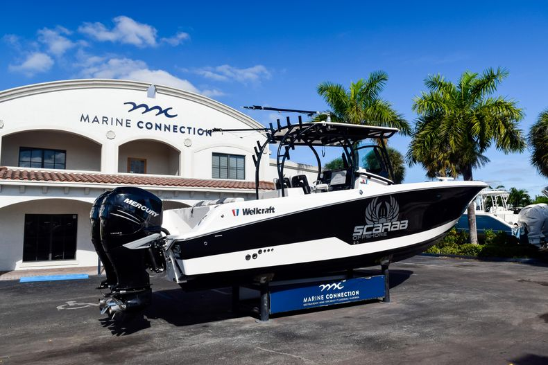Thumbnail 7 for Used 2018 Wellcraft Scarab 302 Center Console boat for sale in West Palm Beach, FL
