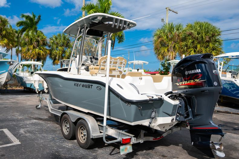 Thumbnail 7 for Used 2017 Key West 239FS boat for sale in West Palm Beach, FL
