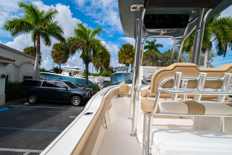 Thumbnail 19 for Used 2017 Key West 239FS boat for sale in West Palm Beach, FL