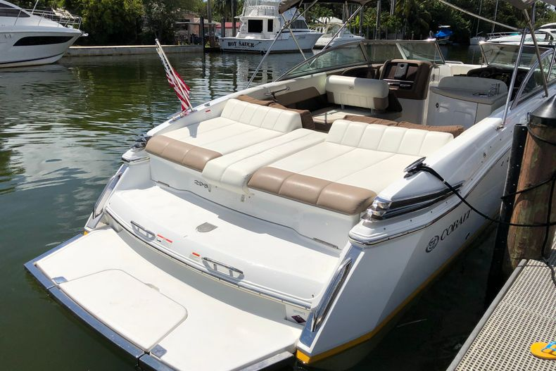 Thumbnail 7 for Used 2013 Cobalt 296 boat for sale in Miami, FL