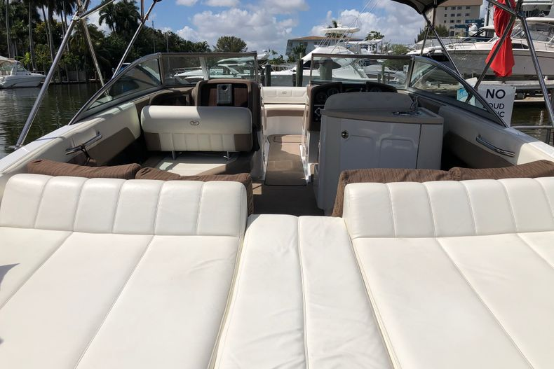 Thumbnail 8 for Used 2013 Cobalt 296 boat for sale in Miami, FL