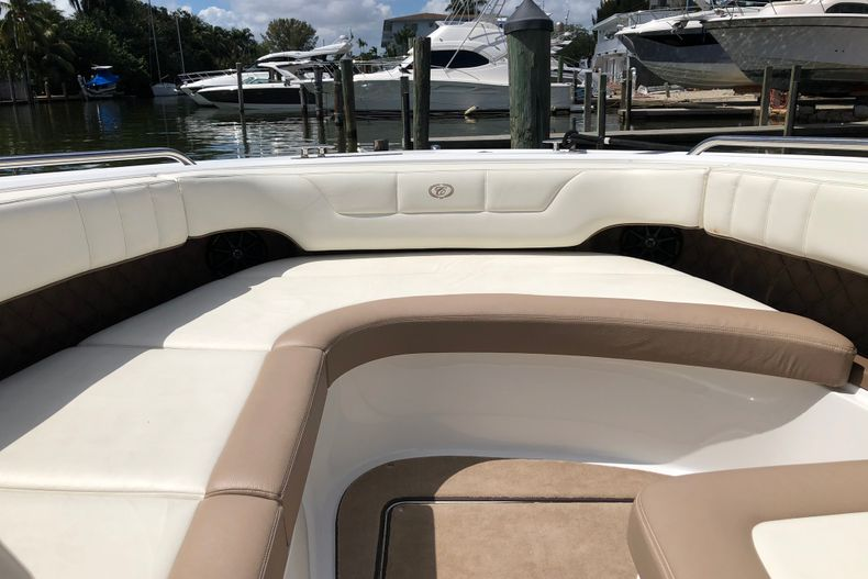 Thumbnail 18 for Used 2013 Cobalt 296 boat for sale in Miami, FL