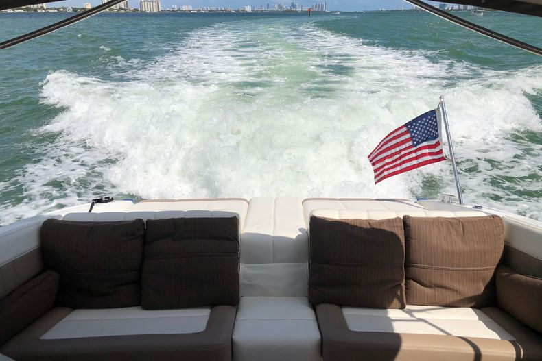 Thumbnail 20 for Used 2013 Cobalt 296 boat for sale in Miami, FL