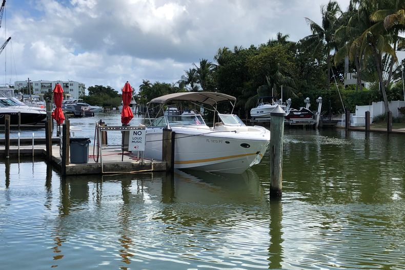 Thumbnail 3 for Used 2013 Cobalt 296 boat for sale in Miami, FL