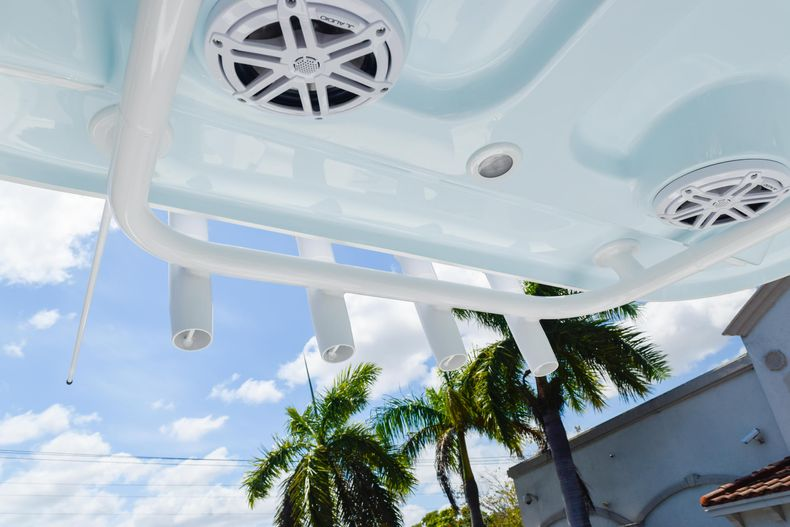 Thumbnail 63 for New 2020 Sportsman Heritage 231 Center Console boat for sale in West Palm Beach, FL