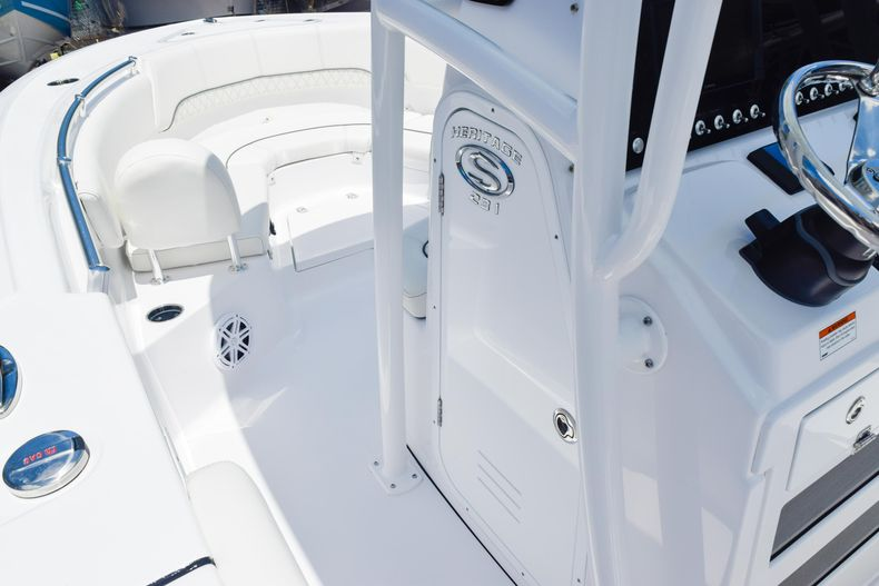 Thumbnail 41 for New 2020 Sportsman Heritage 231 Center Console boat for sale in West Palm Beach, FL