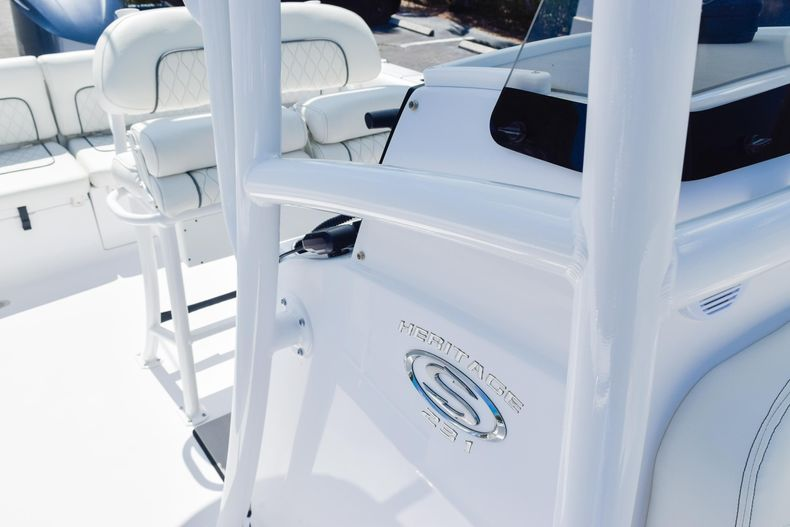 Thumbnail 61 for New 2020 Sportsman Heritage 231 Center Console boat for sale in West Palm Beach, FL